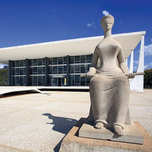 Brazilian congress and statue
